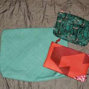 Thirty-One zipper pouch and 2 makeup bags